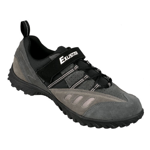 Stiff Soled Golf Shoes